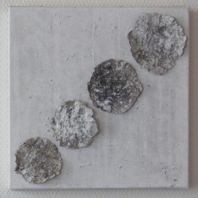 papiermaché-acryl auf leinwand - 30x30 - 420chf